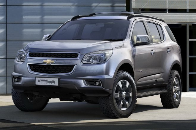 Тайский Chevrolet Trailblazer 2013